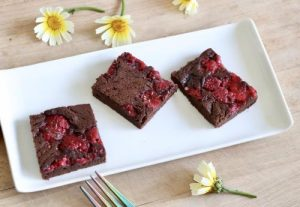 HEALTHY RASPBERRY BROWNIE ORGANIC DAIRY FREE