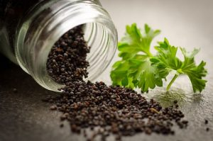 semillas de sesamo negro ricas en magnesio
